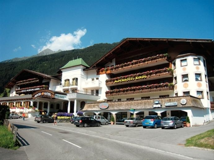 Neustift Austria  City new picture : Alpenhotel Kindl, Neustift Milders, Neustift, Austria