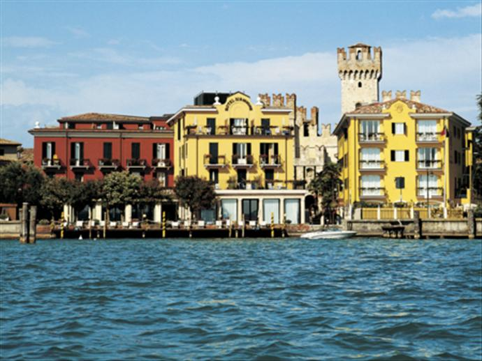 Sirmione Italy  City new picture : Hotel Sirmione, Sirmione, Italy | SNO summer holidays