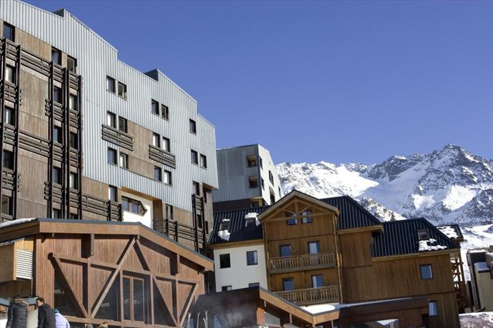 Document moved - Club med val thorens ...