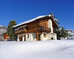 Casa Chistiala Dadens