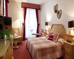 Hotel Table (Corvara)