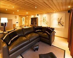 Valdez Suite