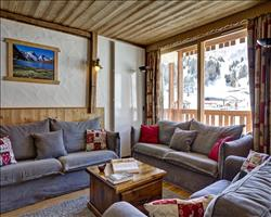 Chalet Lily