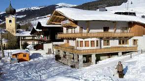 Saalbach Chalets Catered Ski Chalets In Saalbach Austria 2019 2020